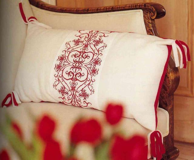 Схема вышивания крестом - Орнамент для подушки