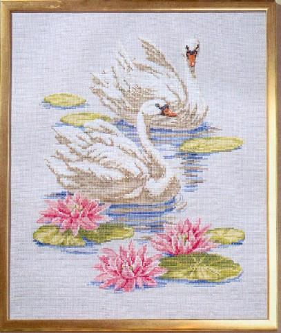 Схема вышивания крестом - Лебеди
