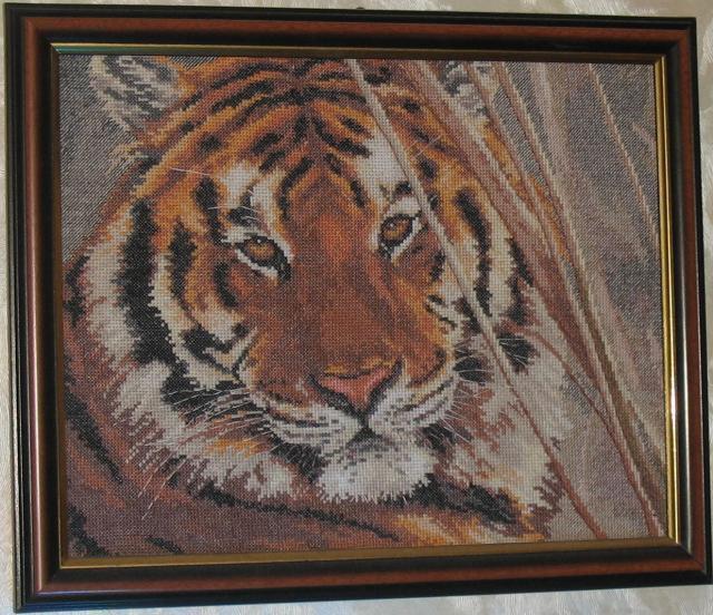 Вышитая картина крестиком Тигр